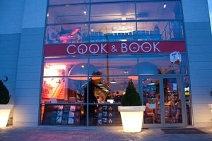 Cook and Book8